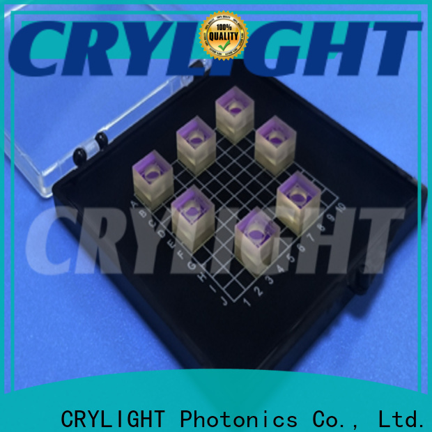 Crylight micro optical prism personalized for components
